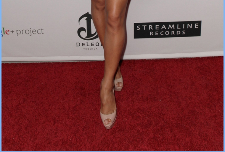 -- Vendredi 26 Août 2011 : Nicole était présente à un dinner organiser pour les Pré-VMA à  Los Angeles.. --