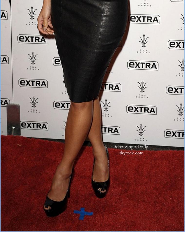 -- Jeudi 17 Novembre 2011 : Nicole était au GQ's 2011 'Men Of The Year' Party  --