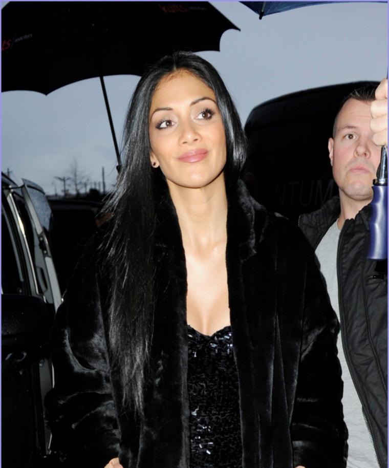 -- Dimanche 04 Décembre 2011 : Nicole était au Royal Variety pour débuter les répétitions pour sa performance de lundi.. --