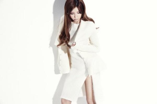 """La membre du groupe,  2NE1, Park Bom  pour  """"Adidas"""" 2014 +  Concept photo """"Gotta be you"""", """"Missing you"""" & """"All i want for christmas is you""""  Une demande de ILive-ForThem"""