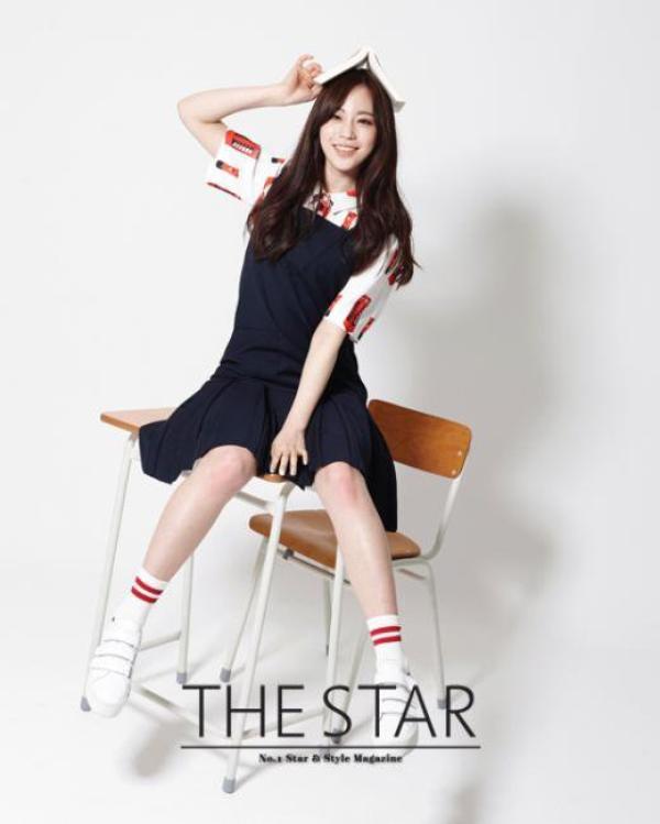 사진 [/align ]  Heo Youngji  du groupe KARA pose pour  The Star , Mai 2015    허영지