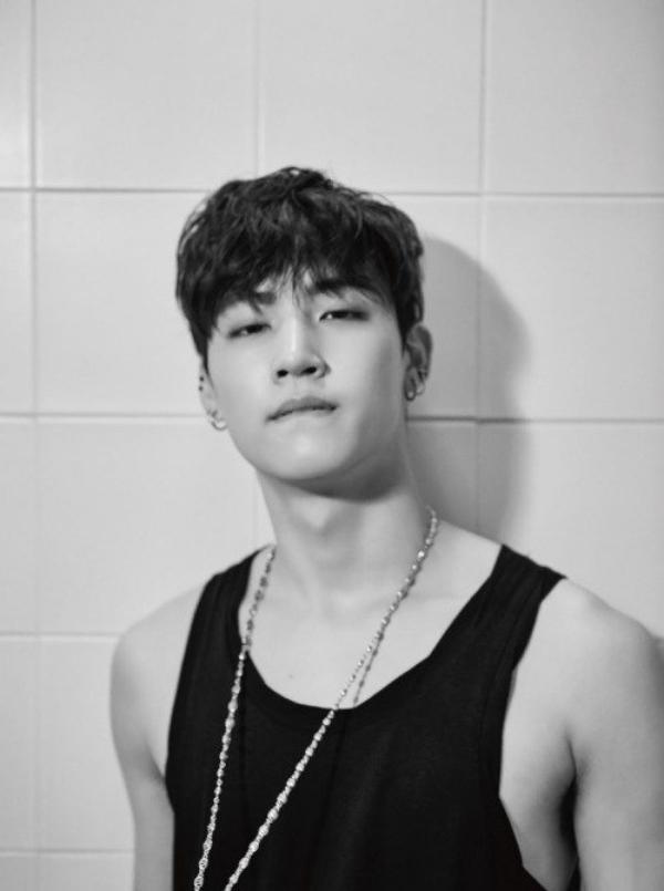 사진   Le membre JB  du groupe GOT7 pose pour  le magazine  Dazed & Confused   , édition août 2015    갓세븐
