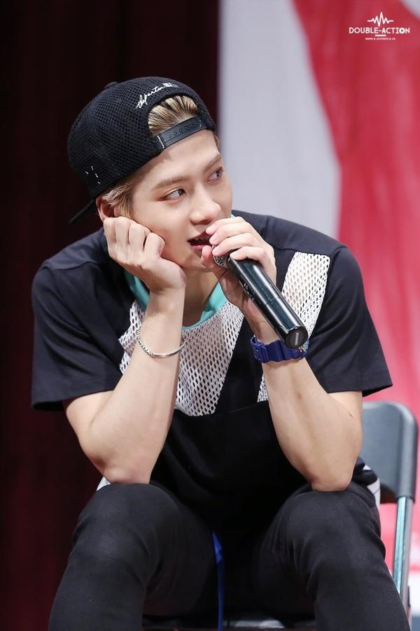 [SPAM photos] Jackson (GOT7) une demande de ILive-ForThem