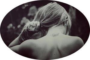 Vous, on vous a appris à respirer pour vivre, moi j'ai compris qu'il me faut écrire pour survivre.