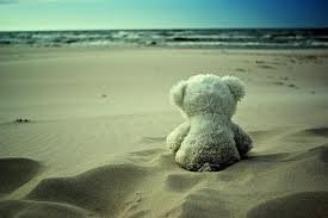 Une mauvaise relation te fera sentir beaucoup plus seule que tu ne le serais si tu étais célibataire.