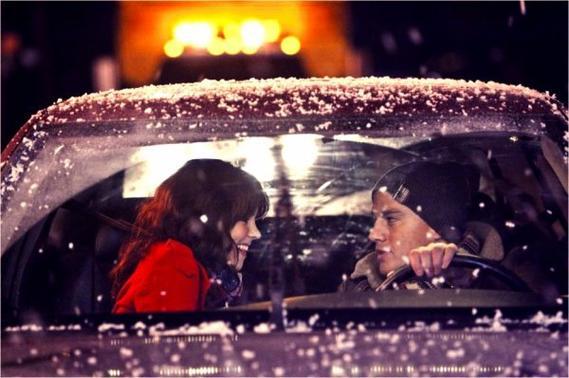 Ça se voit dans tes yeux que tu l'aimes, je le sais parce qu'avant tu me regardais comme lui...