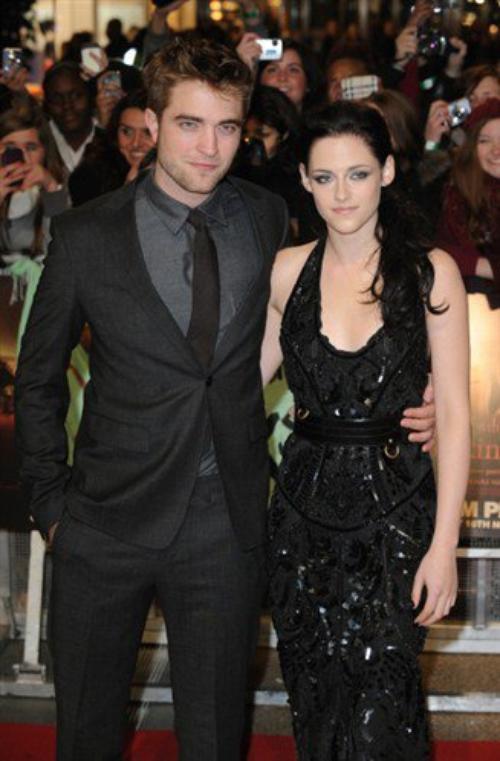 le couple le plus mignon de twilight dans le film et dans la realiter + l affiche de twilight 5