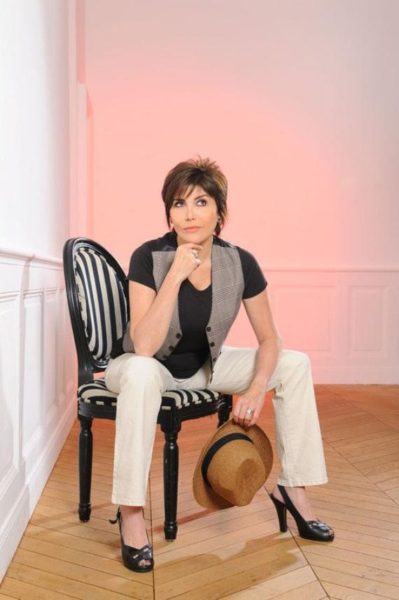 Liane Foly  Pose pour TF1  (2012) .