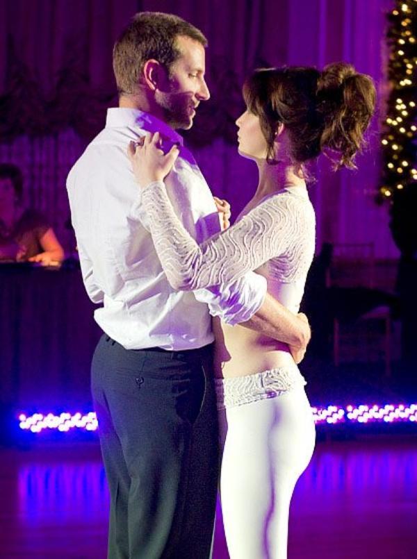 """""""J'ai besoin d'un partenaire pour danser"""" Happiness Therapy"""