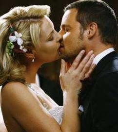 """""""Quand on se marie, on croit épouser une femme et on épouse une famille, toutes les histoires d'une famille."""""""