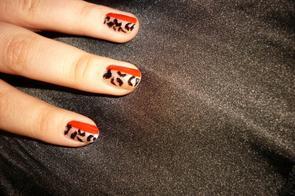 Nail Art panthère noir rouge blanc