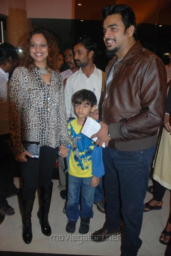 Vettai Premiere Show