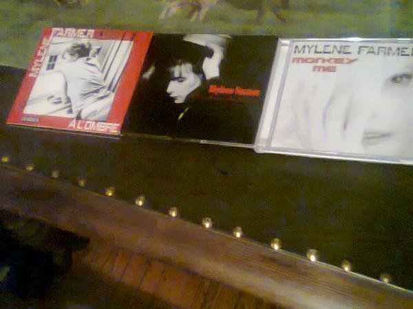 """Monkey me, Cendre de lune et le cd maxi 1 de """" al'ombre"""""""