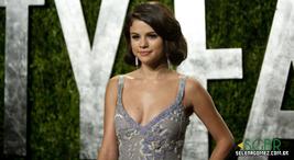 Selena Gomez no Pós-Oscar acopanhada da sua mãe Mandy
