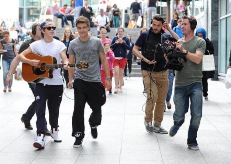 Les One Direction préparent apparemment un nouveau documentaire à leur sujet. Le concert de Niall Horan et Liam Payne à Westfield était filmé pour en faire partie