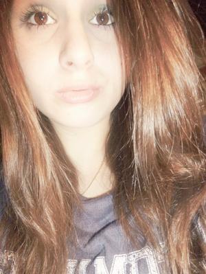 ~ Ta voix résonne au fond de mes entrailles.