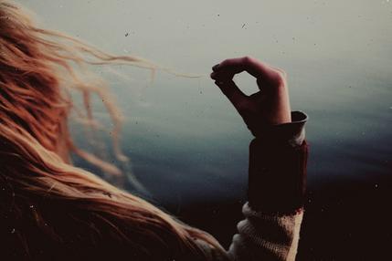 . - Tu l'aimes encore, hein? - Je n'arrive pas à imaginer le jour où je ne l'aimerais plus.. .