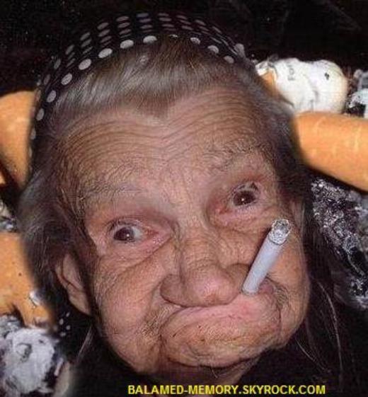 HUMOUR DE LA SEMAINE  : Mamie fume
