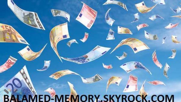 INFO-INSOLITE : Il pleut de l'argent à Zedelgem