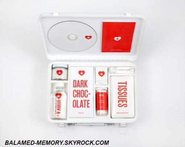 INFO-INSOLITE : Un kit d'indispensables en cas de rupture amoureuse (vidéo)