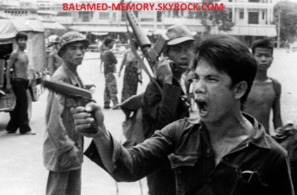 HISTOIRE : 17 avril 1975 Les Khmers rouges vident Phnom Penh de ses habitants