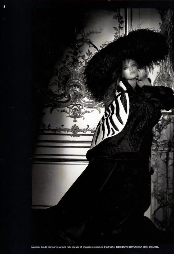 Souvenez-vous: Numéro (Issue 41) Mars 2003 (Black Couture) par Karl Lagerfeld