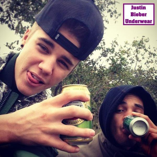 Justin c'est pas bien de tirer la langue ! ... mais c'est tellement SEXY *-*