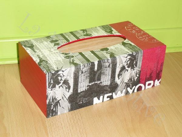 Boite à mouchoirs NEW YORK rouge