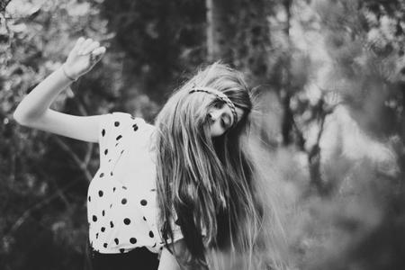 - Mais j'suis bien avec toi...   - Mais moi aussi j'suis bien avec toi... J'suis même très bien, mais j'en ai rien à foutre que tu sois bien avec moi. J'veux qu'tu sois avec moi.
