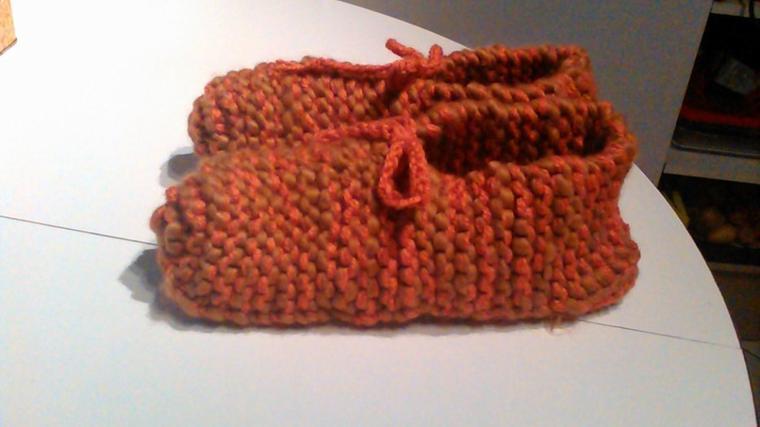 chaussons couleur orange