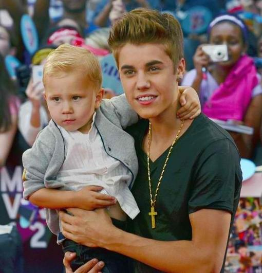 Justin et son demi-frère Jaxon