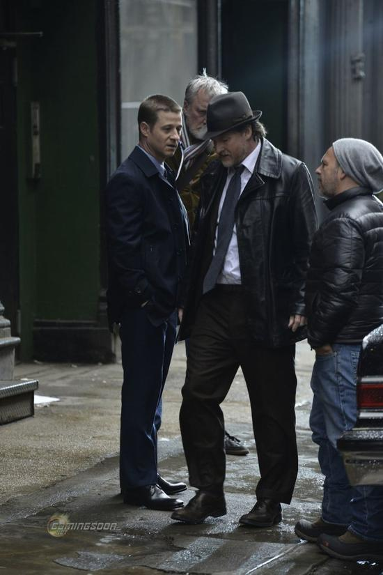 James Gordon & Harvey Bullock Réunis Sur Le Tournage De GOTHAM