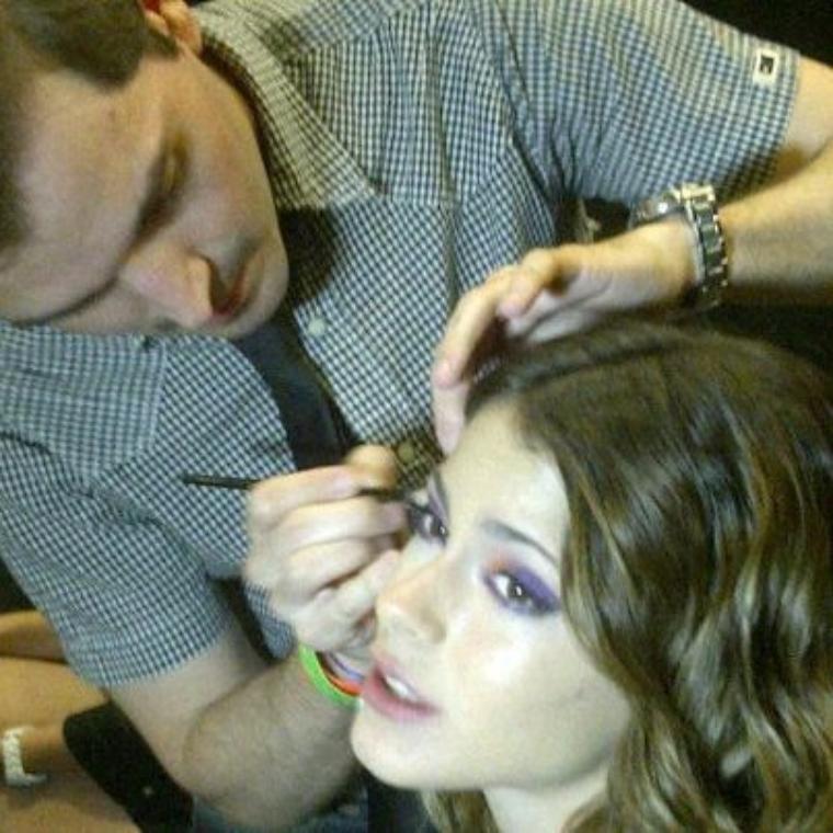 -En plein maquillage !!!-
