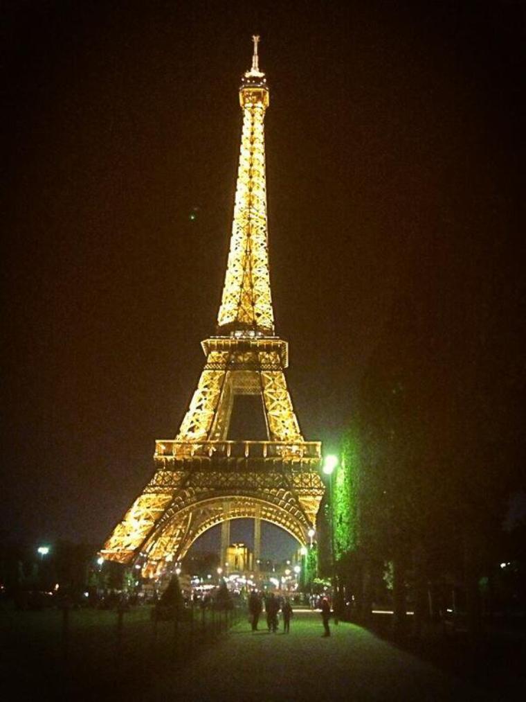- Paris ! -