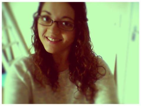 Sourie à la vie , la vie te sourira <3 ...