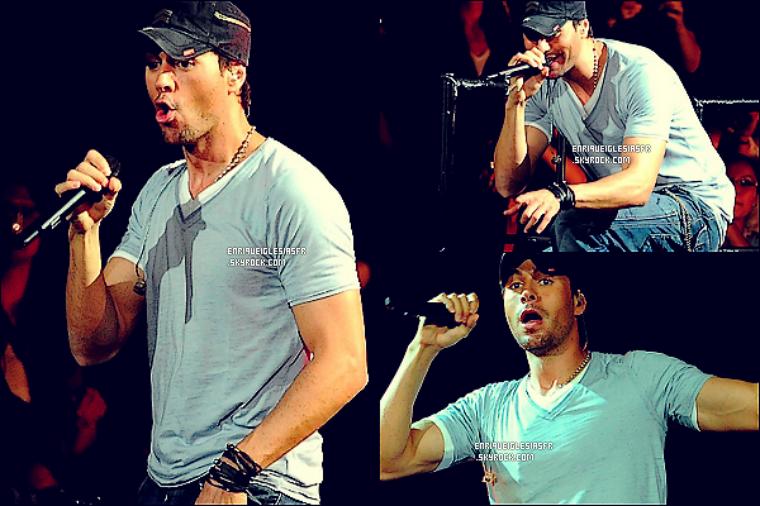 . Jeudi 29 Septembre - Enrique performant à Toronto au Canada dans le cadre de sa tournée américaine. .