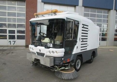 RAVO 530 balayeuse