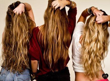 Bien prendre soin de ses cheveux & leur aider à stimuler la pousser