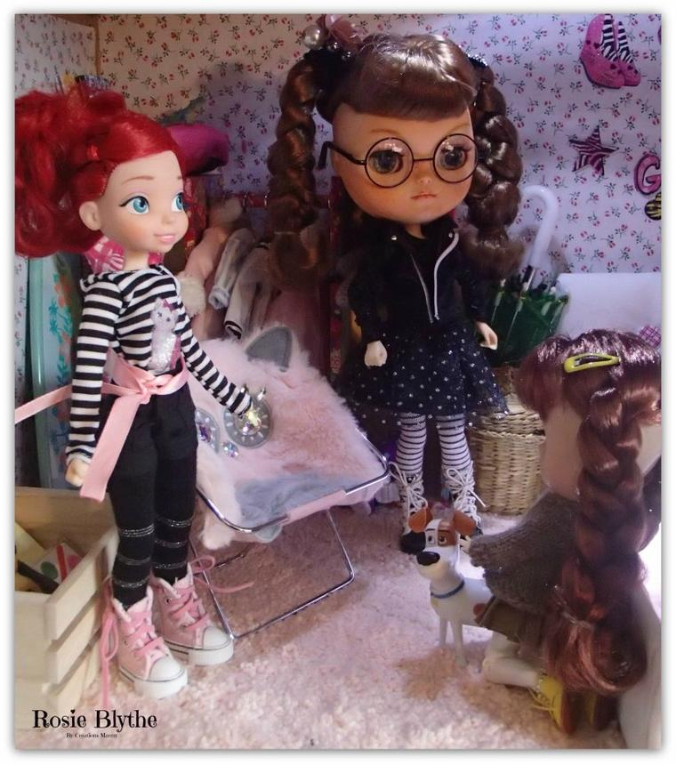 Attitude, Rosie, Yvi et leur amie Ariel