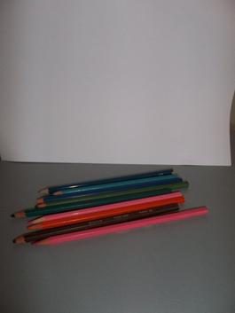 DIY : des crayons pailletés