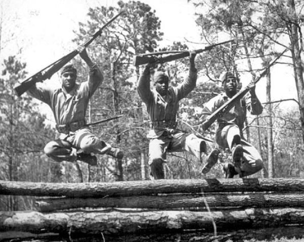 les soldats noir américain dans la guerre