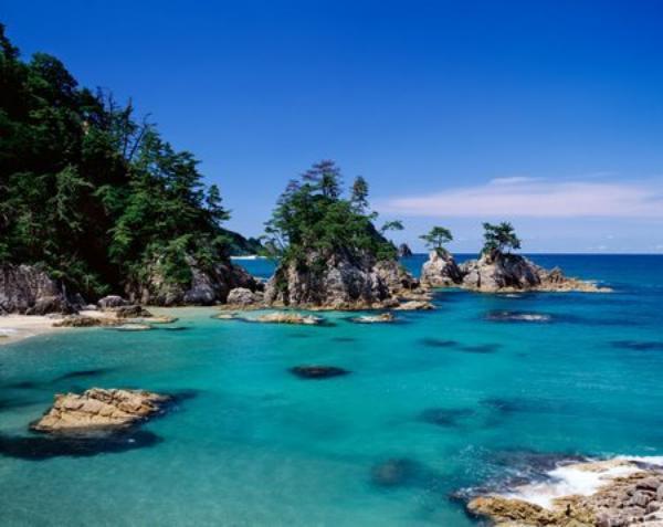 Bientôt les vacances d'été , plage à l'horizon !