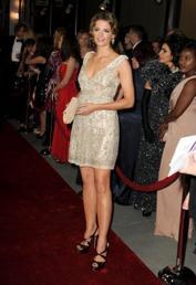 Stana Katic le 28.01.12 au 64th Annual Directors Guild Of America Awards ♥.