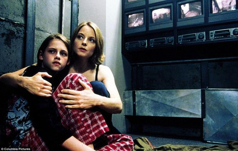 Panic Room :O <3 Stressing movie !! But a very good one <3 <3 <3