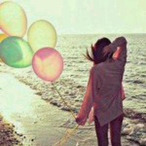 Il n'y a rien de plus beau que d'aimer, car quand on aime tout est léger, presque tout est beau mais malheureusement on doute sans cesse.