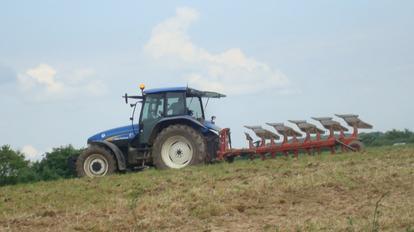 Labours pour semis de maîs 2011 ...............
