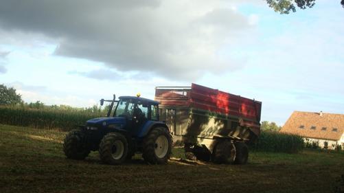 Ensilage de maiis le Lundi 19 Septembre 2011 ...