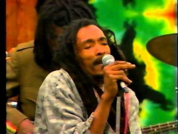 ISRAEL VIBRATION - ROTOTOM SUNSPLASH (2005)