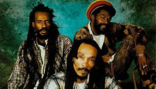 ISRAEL VIBRATION - LIVE IN PARIS (1995)