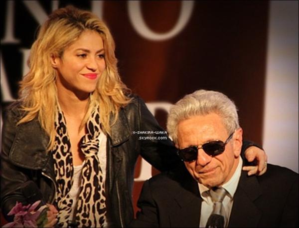 🍴 Shakira & Tonino sont allés dîner au « Restaurant Di Maria ». 1o Décembre 2011 - Madrid, Espagne.